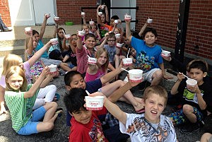 Washington Elementary School Students